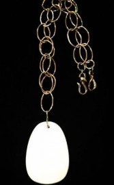 white-onyx-pendant-on-gold-chain