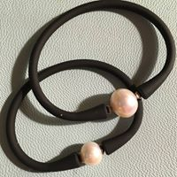 freshwater pearl and neoprene bracelet