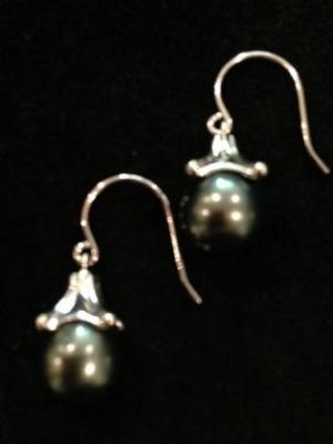 Tahitian Pearl & Silver Cap Earrings