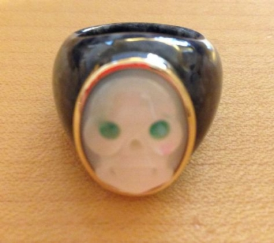 Jade & 14ct Skull Ring