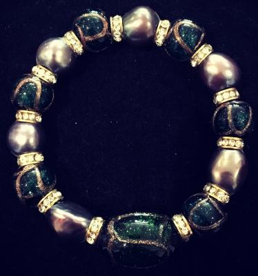Freshwater Pearl, Art Glass Bead & Crystal Elastic Bracelet