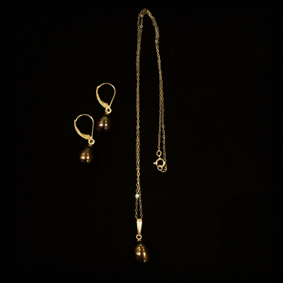 14ct Yellow Gold Freshwater Pearl Earring & Necklace Set