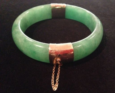 Jade Hinged Bangle With 14ct Yellow Gold