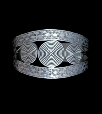 Handmade Silver Circle Design Cuff