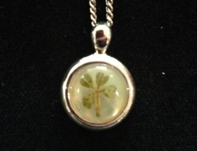 Four Leaf Clover Small Round Silver Necklace